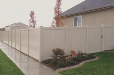 vinyl fencing in spokane