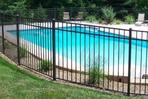 wrought-iron-aluminum-fencing-in-spokane-around-pool-for-safety